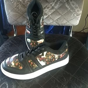 Shoes - Floral print shoes